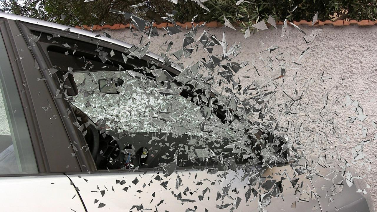 TRAGEDIJA U RUNOVIĆIMA – U prometnoj nesreći stradao maloljetnik