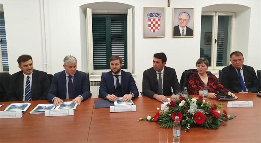 Imotskom i Prološcu 288 milijuna kuna za vodno-komunalu infrastrukturu
