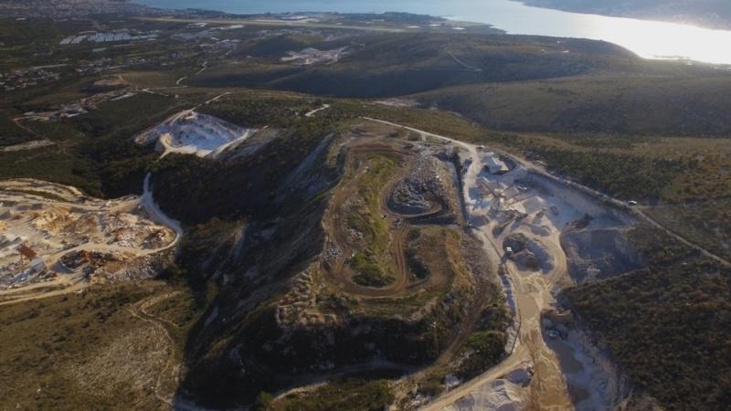 """Započeli radovi na sanaciji trogirskog deponija """"Vučje brdo"""""""