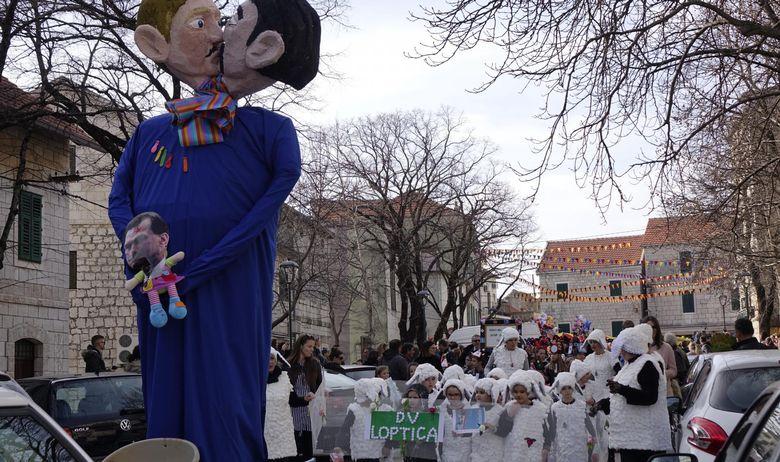 """VIDEO: U Imotskom održana tradicionalna """"Bakova povorka"""""""