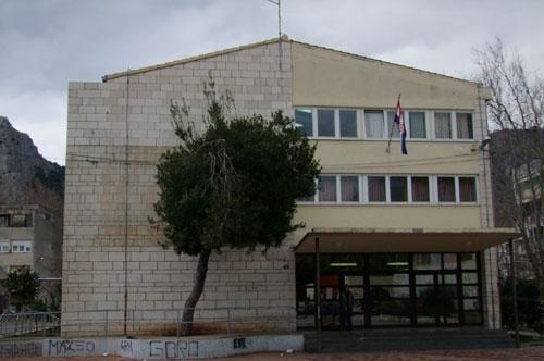 Učenici iz Omiša u kućnoj izolaciji